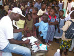ICMRT Provides Free Medical Consultations in Gbamélé and Azurreti in November 2011